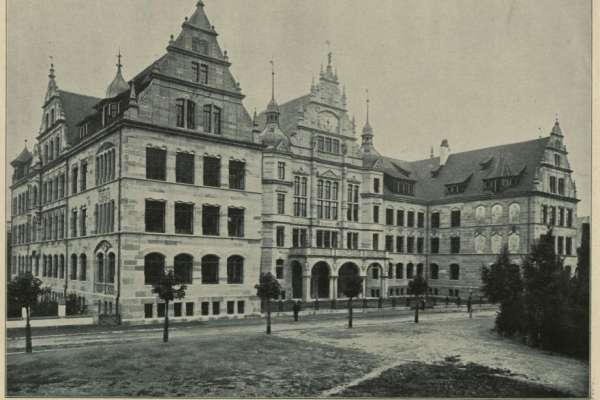 Freiburg i. Br., Gertrud-Luckner-Gewerbeschule