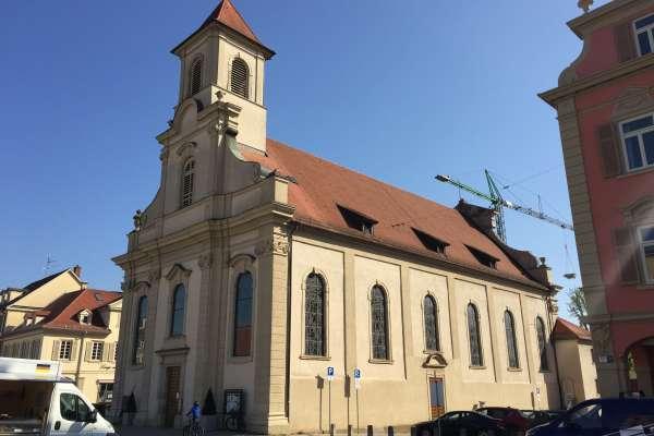Ludwigsburg, Katholische Kirche Zur HeiligstenDreieinigkeit